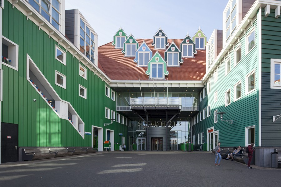 Zaandam Station